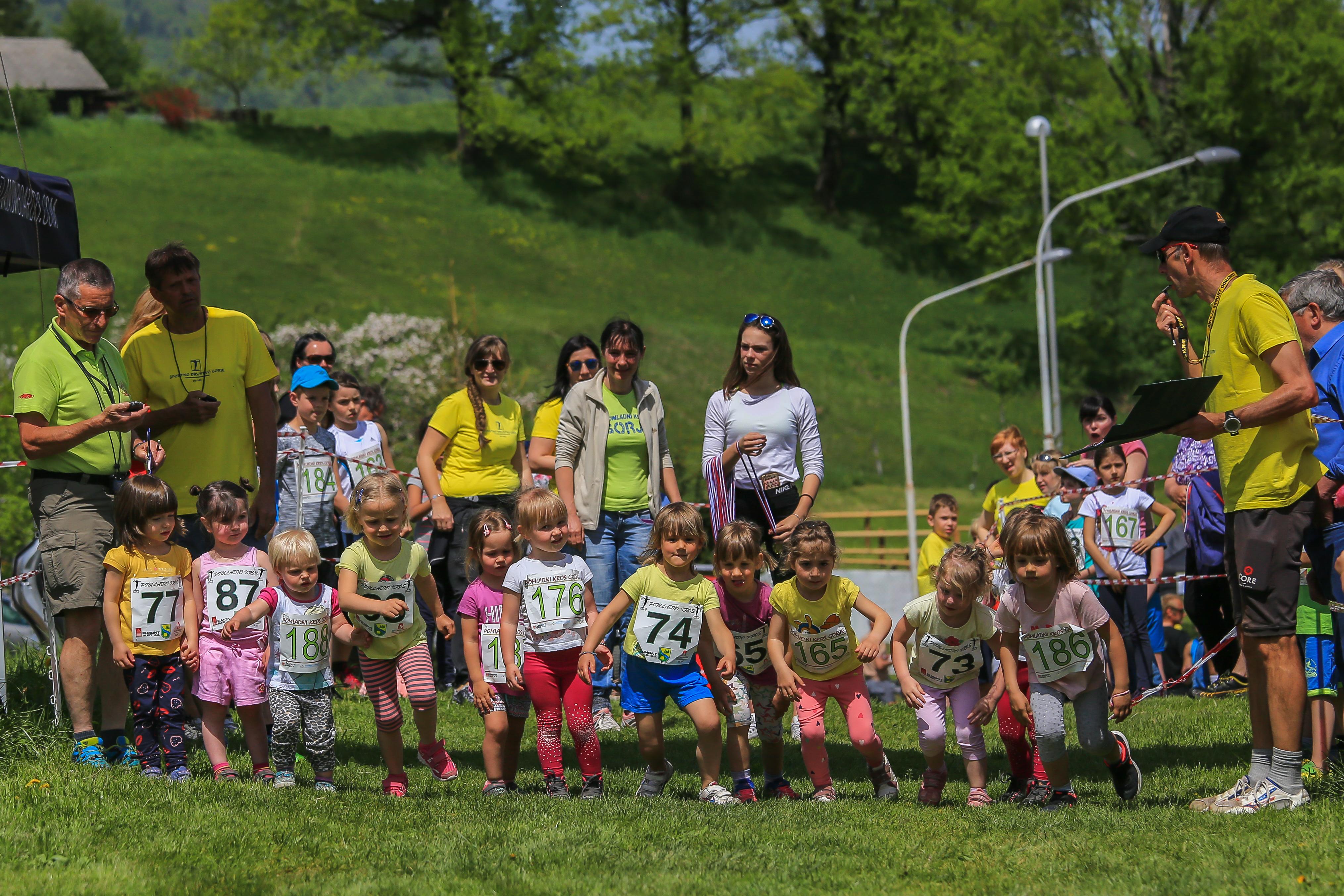 Pomladni kros 2018 start mladi